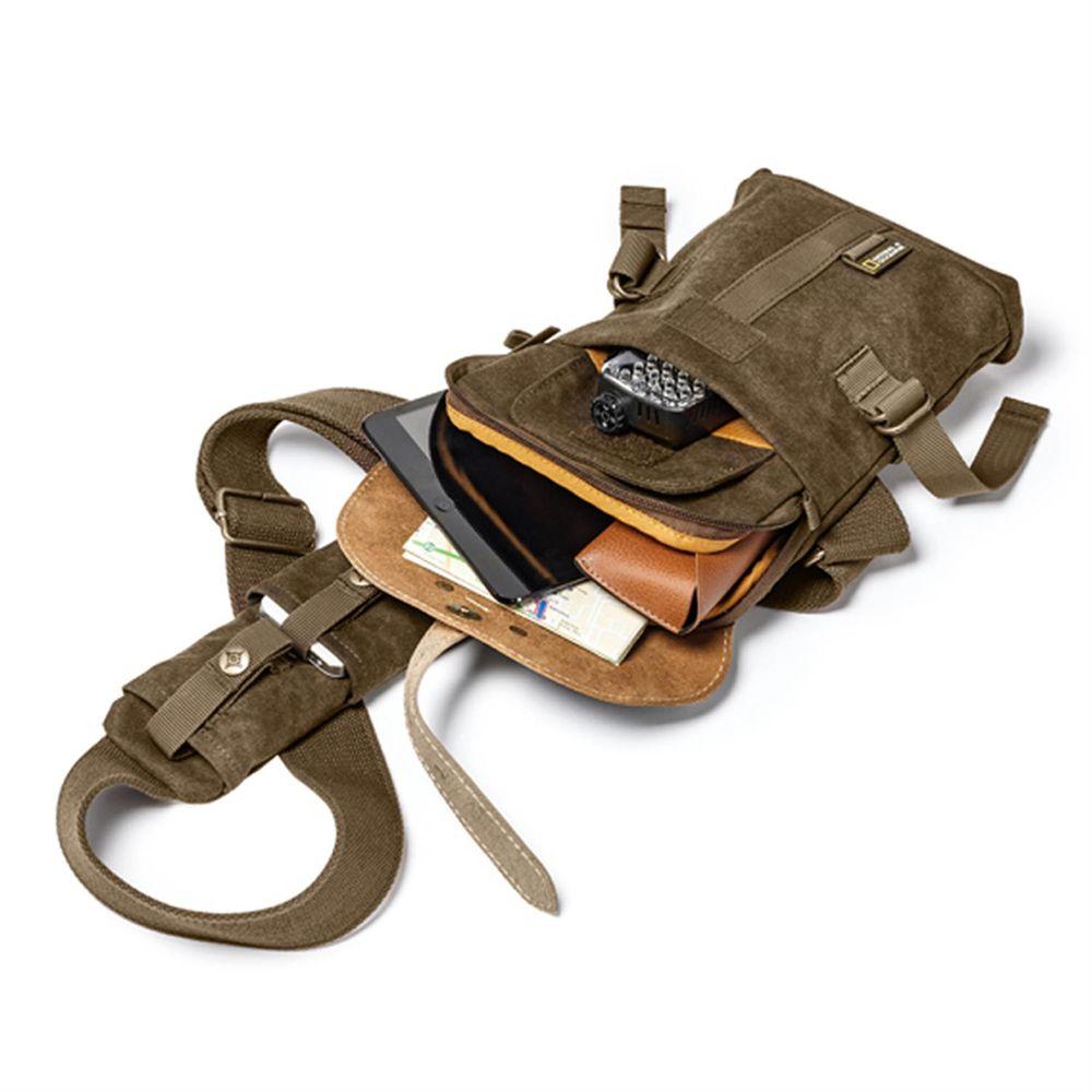 National Geographic A4567 Small Sling Bag for Compact Camera and ...