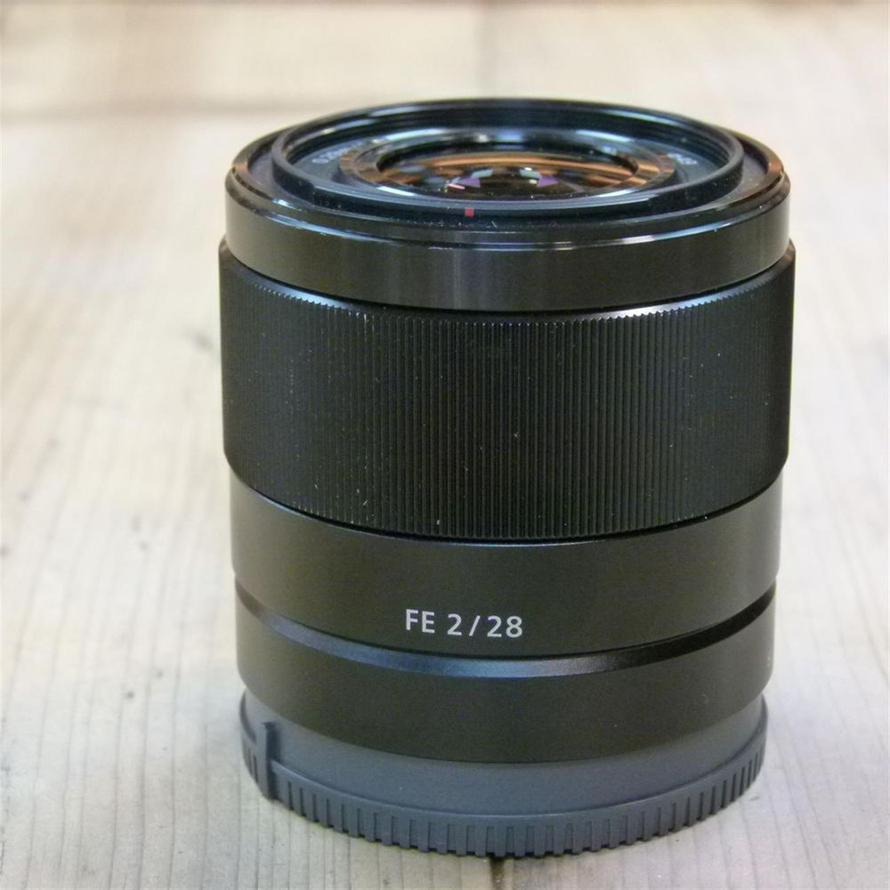 Used Sony FE 28mm F2 Full frame E mount Lens