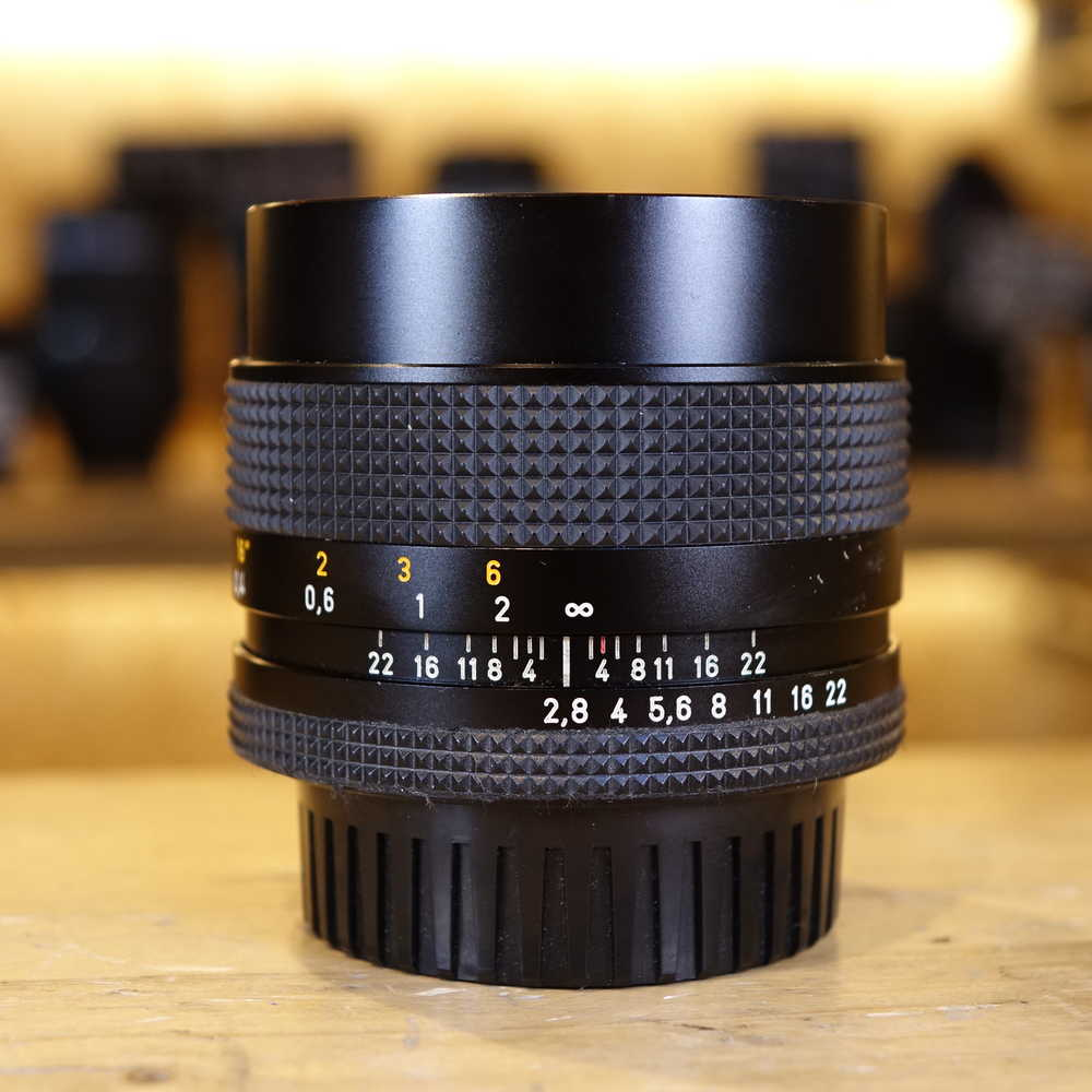 Used Contax Carl Zeiss 28mm F2 8 T* Distagon Lens (AE)