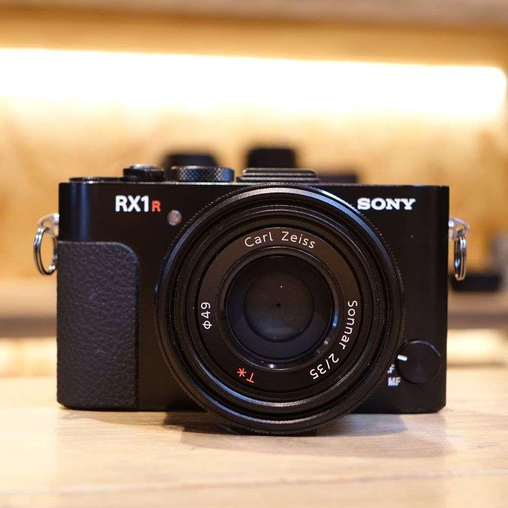 Used Sony Cybershot Dsc Rx1r Digital Camera Harrison Cameras
