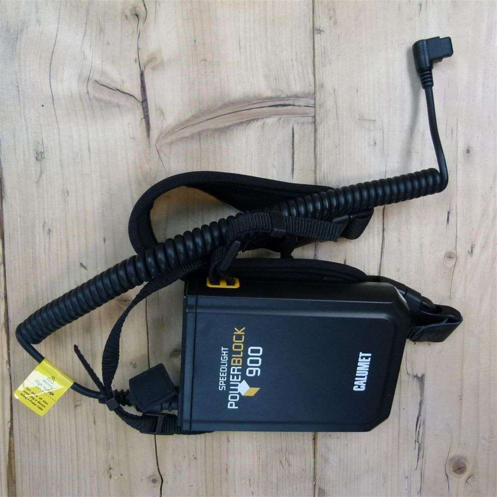 Powerblock Generator: Used Calumet Speedlight Powerblock 900 Battery Pack With