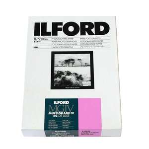 Ilford Multigrade IV RC Deluxe Glossy Paper / 12.7x17.8cm / 5x7 inch / 100 Sheets