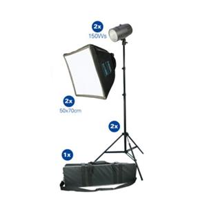 Dorr Studio Flash Kit - 2x150w Heads - Stands and Softboxes Inc Case