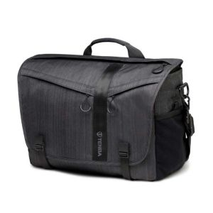 Tenba DNA 15 Messenger Bag | Graphite