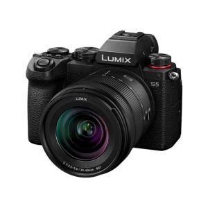 Panasonic Lumix S5 Camera with 20-60mm Lens