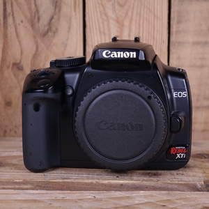Used Canon EOS Rebel XTi/ 400D DSLR Camera Body
