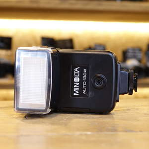 Used Minolta Auto132X Flashgun for MD cameras