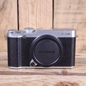 Used Fujifilm X-A2 Silver Camera Body
