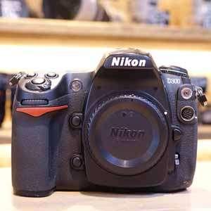 Used Nikon D300 Digital SLR Camera Body