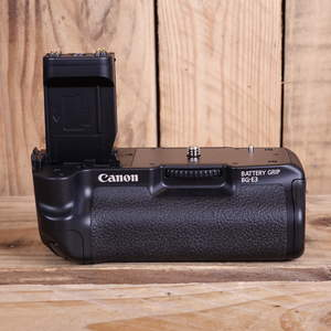 Used Canon BG-E3 Battery Grip for EOS 400D 350D
