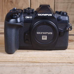 Used Olympus OM-D E-M1 Mark II Digital Camera Body