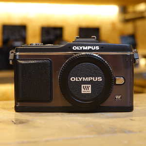 Used Olympus PEN E-P2 Black Camera Body