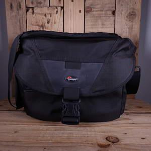 Used Lowepro Stealth Reporter D300 AW Shoulder Bag