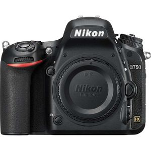Nikon D750 | 24.3 MP | Full Frame CMOS Sensor | Full HD Video | Wi-Fi