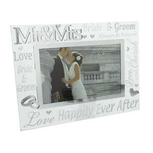 Mr and Mrs Wedding 6x4 Inch Photo Frame 3D Silver and Glass Finish