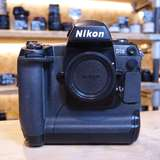 Used Nikon D1x Professional DSLR Camera Body